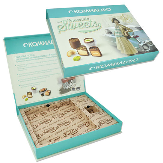 Коробка с клапаном на магните для конфет
