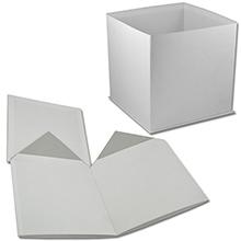 Белая коробка в форме куба для букета цветов (арт. КДЦ-01/1)