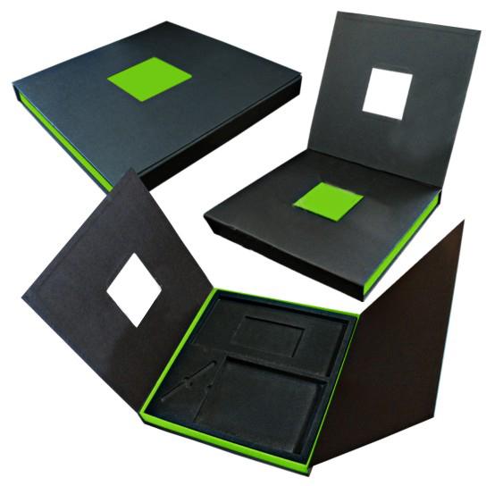 Подарочная коробка с замком на 4 предмета