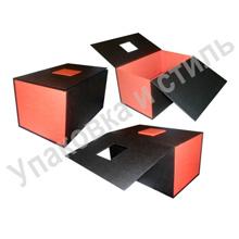 подарочная коробка с картонным замком
