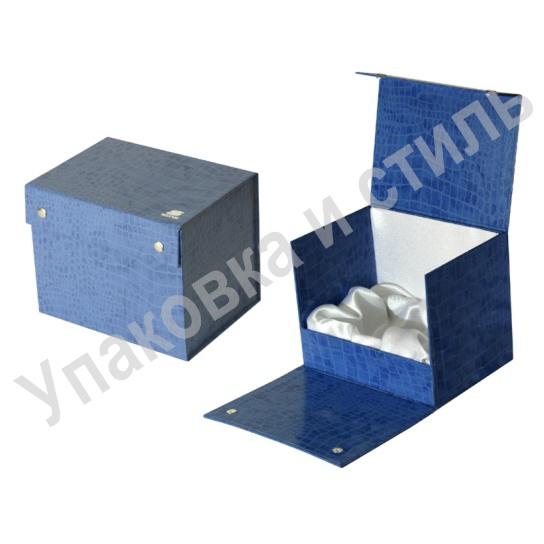 Картонная коробка для подарка