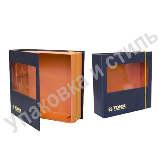 Подарочный короб из картона на резинке